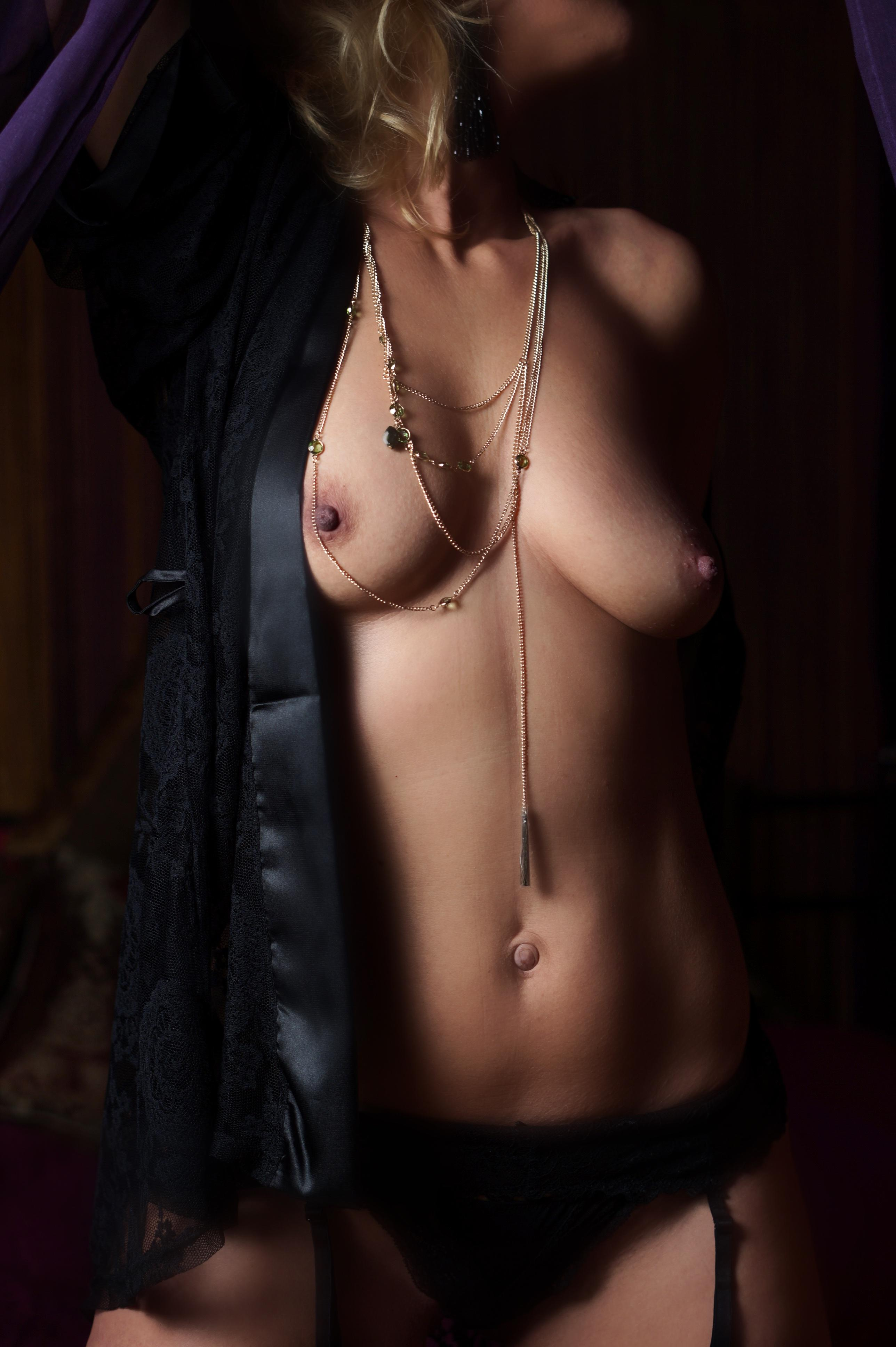 female escorts victoria amatuer
